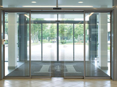 Automatic glass doors located in